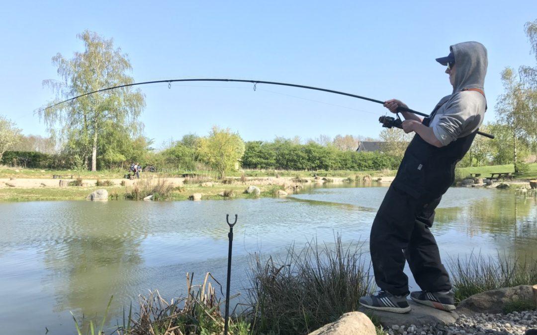 Störfiske med specialiseringsspåren mete och predator