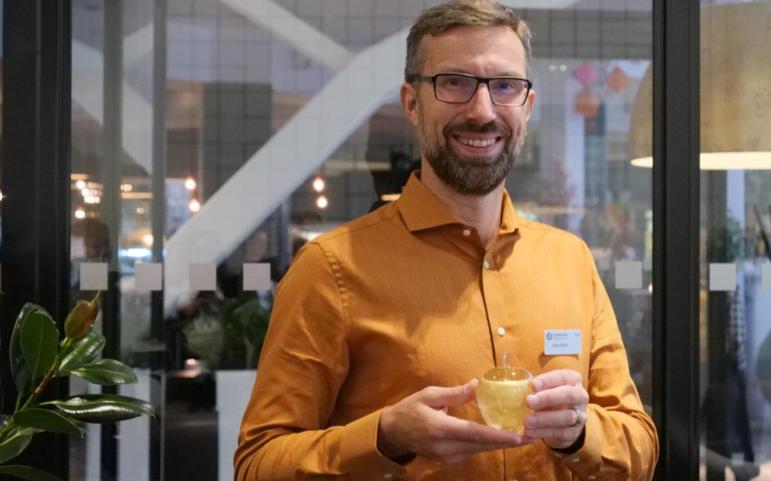 Guldäpple till läraren Johan Sköld!